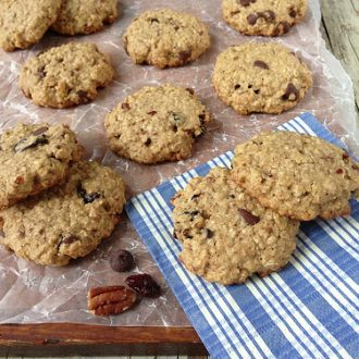 Cherry Chocolate Oatmeal Cookies + Tart Cherry Nutrition