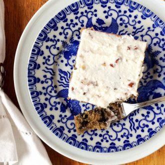 Wild Blueberry Oat Cake + How to Make Greek Yogurt Frosting