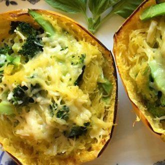 Cheesy Broccoli-Stuffed Spaghetti Squash Bowls