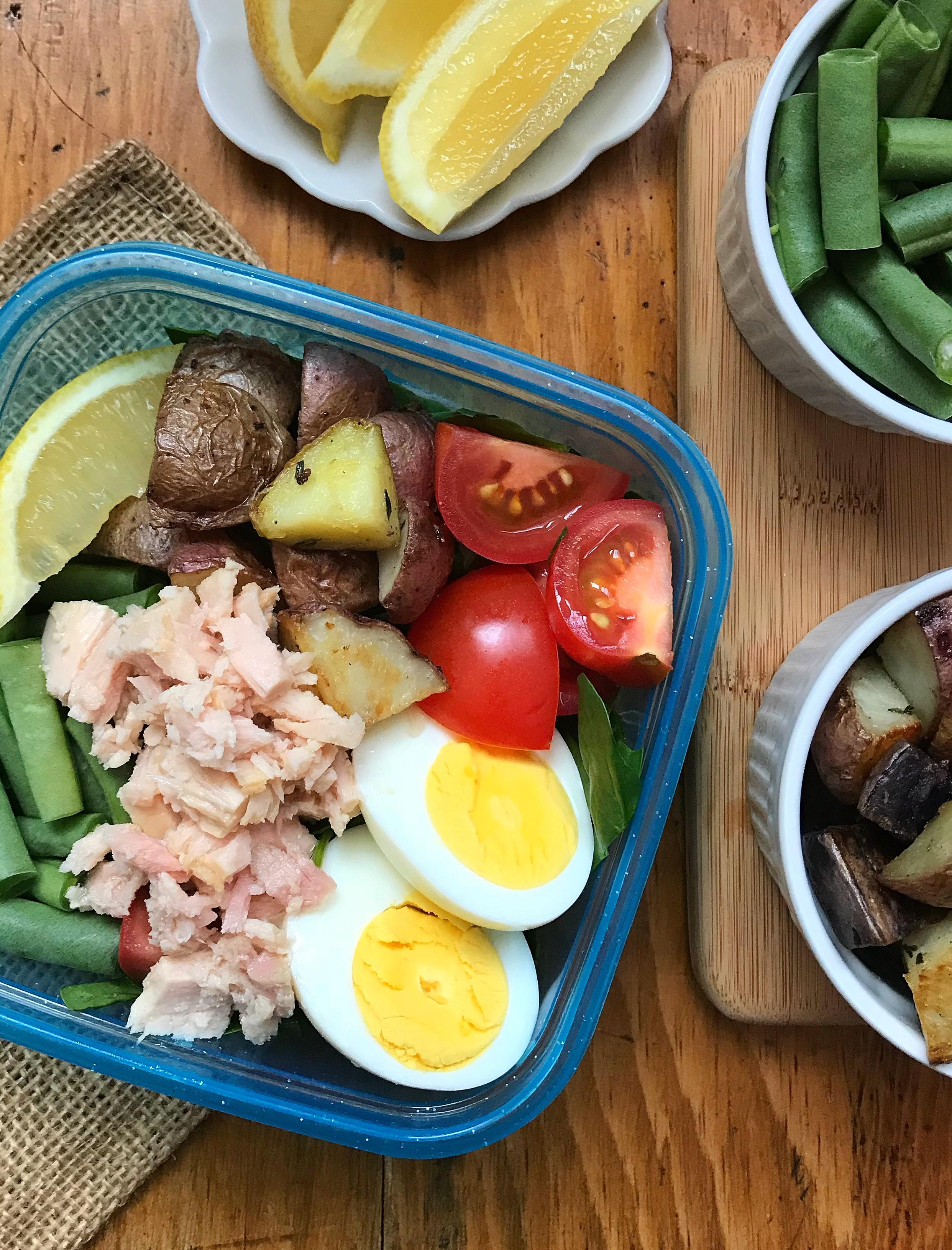 Tuna Nicoise Salad via LizsHealthyTable.com #seafood