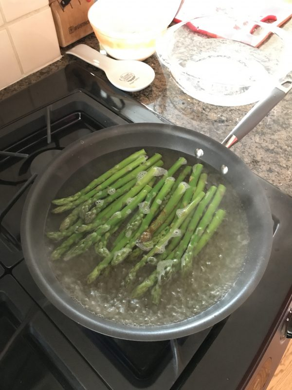 How to blanch asparagus via LizsHealthyTable.com