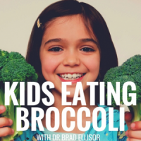 Family Meals + Picky Eater Tips (Kids Eating Broccoli Podcast)