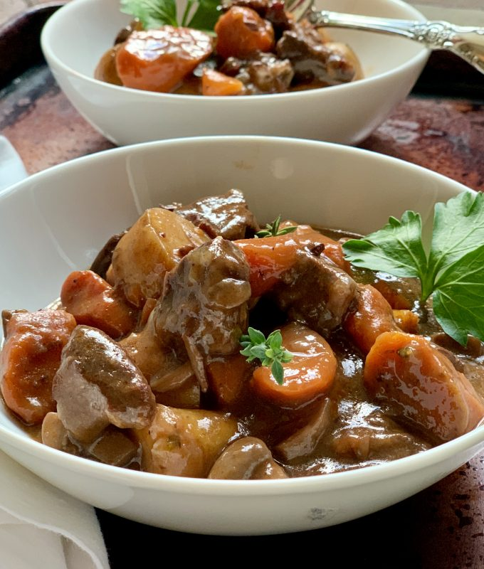 The Humble Home Cook's Beef Bourguignon made in the Pressure Cooker or Slow Cooker via lizshealthytable.com #instantpot