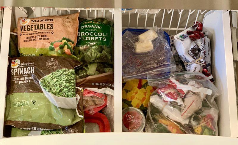 Reduce your kitchen carbon footprint via lizshealthytable.com #compost #foodwaste #MealPlanning
