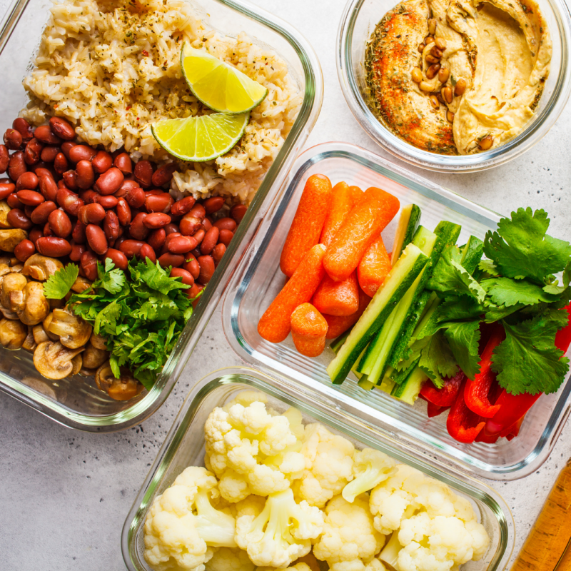 Meal Prepping for Beginners via lizshealthytable.com #mealprepping