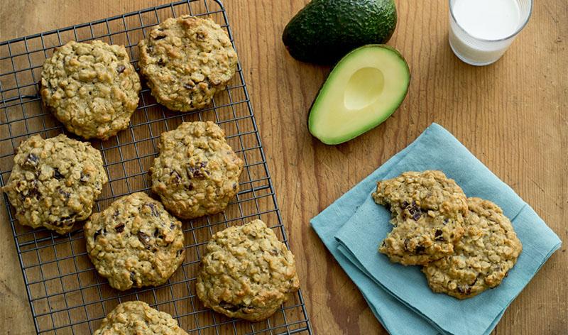 Avocado Breakfast Cookies from LoveOneToday via lizshealthytable.com #podcast