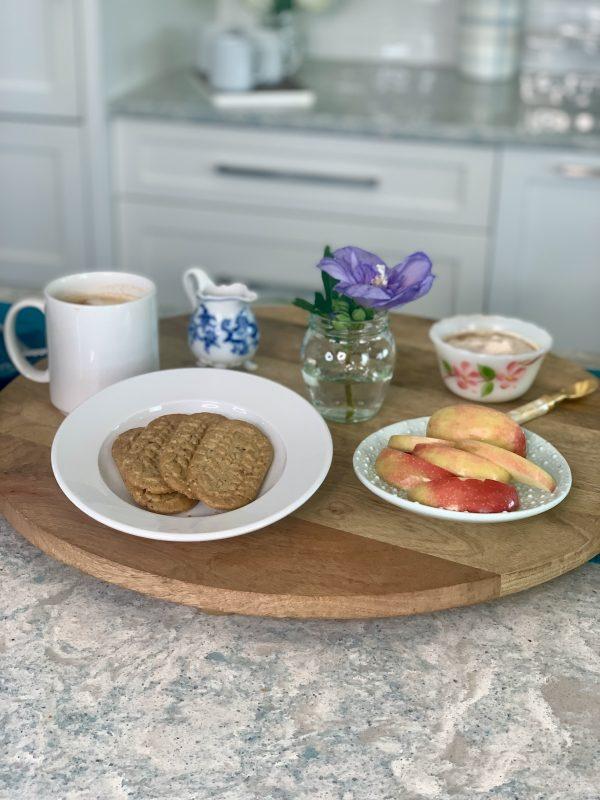 Dip-It-Sip-It Cranberry Orange belVita Breakfast Board via lizshealthytable.com #breakfast